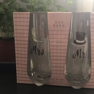 Rae Dunn Mr. mrs. Stemless flutes